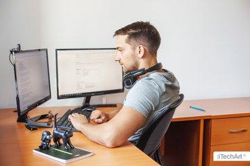 Разработчик iTechArt в Гомеле за работой